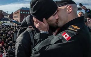 Το πρωτο γκει φιλι στο καναδικο πολεμικο ναυτικο...