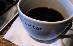 Το τσάι,  ο καφές και πώς σχετίζονται με τον καρκίνο του οισοφάγου