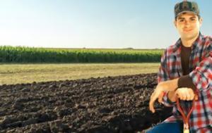 Οι νεοι αγροτες κινδυνευουν να χασουν εως και το 60% της συνταξης τουσ!