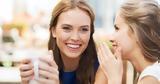 6 πράγματα που δεν πρέπει να μοιράζεσαι ούτε με τις κολλητές για την σχέση σου,