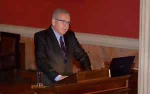Mε τη μεγαλύτερη διάκριση του πανεπιστημίου της αθήνας τιμήθηκε ο καθγητής χριστόδουλος στεφανάδης (φωτό)