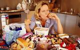 Το παράξενο μυστικό για να τρώτε λιγότερο,