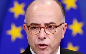 Τη δημιουργία μίας ευρωπαϊκής βάσης κοινωνικών δικαιωμάτων θέλει ο γάλλος πρωθυπουργός