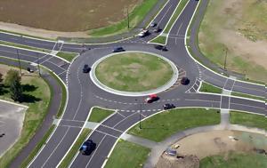Οι κυκλικοί κόμβοι είναι ο βασικότερος τρόπος να γίνουν οι δρόμοι πιο ασφαλείς