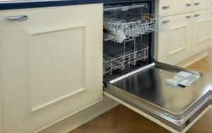 Κι όμως το πλυντήριο πιάτων μπορεί να καθαρίσει περισσότερα από όσα φαντάζεστε