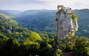 Ο πρώην κατάδικος που έγινε μοναχός και ζει 22 χρόνια στην κορυφή ενός βράχου