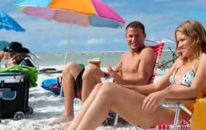 6 αλάνθαστα βήματα για να φλερτάρεις στην παραλία και... να έχεις αποτέλεσμα