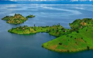 Μια πανέμορφη λίμνη που κρύβει μια επικύνδινη εξέλιξη