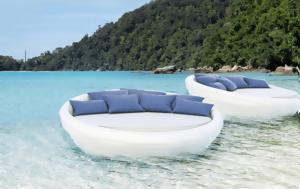 Ο πρώτος καναπές που επιπλέει και δεν είναι φουσκωτός είναι ελληνικός