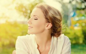 4 τροφές για λαμπερή επιδερμίδα και υγιή μαλλιά