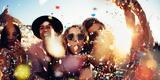 15 ποπ τραγούδια που πρέπει να ακούγονται σε κάθε πάρτυ,