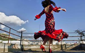 Χορεύοντας, Εργαστήριο, Εναλλακτική Σκηνή, ΕΛΣ, chorevontas, ergastirio, enallaktiki skini, els