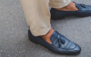 Γι' αυτό το λόγο δεν πρέπει να φοράς παπούτσια χωρίς κάλτσες