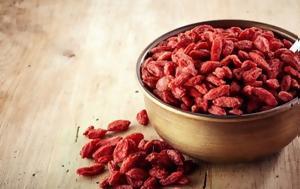 Τι πρέπει να γνωρίζετε για τα διαβόητα γκότζι μπέρι (goji berries)