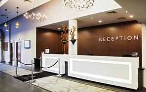 Ο φόρος διαμονής στην πράξη: Τι ζητούν οι ξενοδόχοι