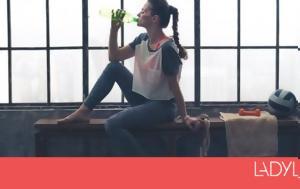 4 σημάδια ότι η γυμναστική έχει κάνει δουλίτσα ακόμα κι αν δεν βλέπεις διαφορά στη ζυγαριά σου