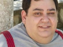 Showbiz  Πέθανε στα 36 του ο ηθοποιός Βαγγέλης Ρωμνιός c10db2ff658