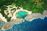 Μια απομονωμένη παραλία χάρμα οφθαλμών!,