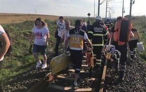20 νεκροί,  73 τραυματίες από τον εκτροχιασμό τρένου (vids)