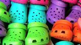 Τέλος, Κλείνει, Crocs,telos, kleinei, Crocs