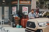 Chuck Norris,Toyota Tacoma