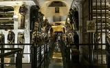 Το μοναστήρι όπου οι νεκροί δεν κοιμούνται,