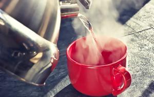 Τι κερδίζετε όταν πίνετε ζεστό νερό – Σε τι θερμοκρασία πρέπει να φτάνει