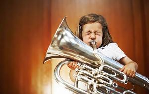 Γιατί να κάνει το παιδί σας μαθήματα μουσικής;