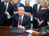 Έξαλλος, Τραμπ, General Motors, Απειλεί,exallos, trab, General Motors, apeilei