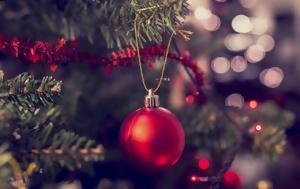 Κι όμως,  το κάνεις λάθος: Το χριστουγεννιάτικο δέντρο μπορεί να κρύβει «παγίδες» για την υγεία μας