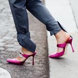 5 ζευγάρια mules που αποδεικνύουν πως αυτό το shoe trend ήρθε για να μείνει,
