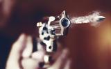 Πυροβόλησε, 18χρονη,pyrovolise, 18chroni