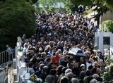 Πλήθος, Λαυρέντη Μαχαιρίτσα,plithos, lavrenti machairitsa