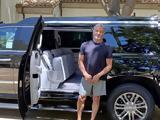 O Sylvester Stallone,Cadillac Escalade ESV