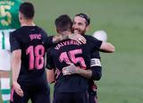 "… VAR, ""τρίποντο"", Ρεάλ Μαδριτης, La Liga,… VAR, ""triponto"", real madritis, La Liga"