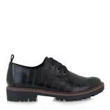 Τα oxfords είναι τα πιο άνετα παπούτσια που θα φοράμε σε αυτήν την καραντίνα,